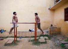 Street Photo Contest: Τα καλύτερα κλικς - Όταν οι φωτογράφοι αποθανατίζουν την καθημερινή ζωή και τρέλα - Κυρίως Φωτογραφία - Gallery - Video 10