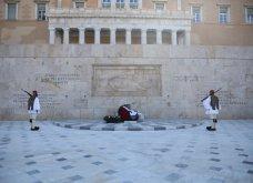 Μεγάλη συγκίνηση όταν παιάνισαν οι Εθνικοί Ύμνοι Ελλάδας, Κύπρου, Ηνωμένου Βασιείου, Ρωσίας και Γαλλίας - Στην κατάθεση στεφάνων  (βίντεο) - Κυρίως Φωτογραφία - Gallery - Video 9