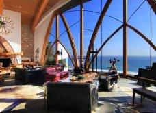Η βίλα στο Μαλιμπού που πουλιέται 9.5 εκατ. δολάρια κρέμεται από ψηλά - Μοιάζει να ήρθε από το… μέλλον (φωτό) - Κυρίως Φωτογραφία - Gallery - Video 4
