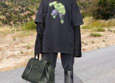 Ο Balenciaga «έφτασε» μέχρι την Ελλάδα: Η νέα κολεξιόν & το μοντέλο μπροστά στον Παρθενώνα - Ένα ταξίδι στον κόσμο (φωτό & βίντεο) - Κυρίως Φωτογραφία - Gallery - Video 26