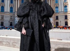 Ο Balenciaga «έφτασε» μέχρι την Ελλάδα: Η νέα κολεξιόν & το μοντέλο μπροστά στον Παρθενώνα - Ένα ταξίδι στον κόσμο (φωτό & βίντεο) - Κυρίως Φωτογραφία - Gallery - Video 58