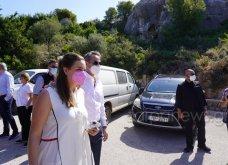 Χανιά: Όλη η οικογένεια του πρωθυπουργού στο μνημόσυνο για τα 4 χρόνια από το θάνατο του Κων. Μητσοτάκη - Συγκινημένες Ντόρα & Μαρέβα (φώτο-βίντεο) - Κυρίως Φωτογραφία - Gallery - Video 20