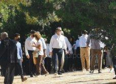 Χανιά: Όλη η οικογένεια του πρωθυπουργού στο μνημόσυνο για τα 4 χρόνια από το θάνατο του Κων. Μητσοτάκη - Συγκινημένες Ντόρα & Μαρέβα (φώτο-βίντεο) - Κυρίως Φωτογραφία - Gallery - Video 19