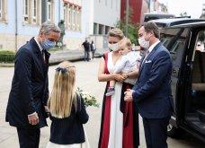 Όλα τα βλέμματα στον μικρό πρίγκιπα Κάρολο του Λουξεμβούργου - Υπέρκομψη & περήφανη μητέρα  η πριγκίπισσα Στεφανί  (φώτο) - Κυρίως Φωτογραφία - Gallery - Video