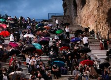 Πρεμιέρα για το Φεστιβάλ Αθηνών: Σακελλαροπούλου, Μαρέβα Μητσοτάκη και Μενδώνη έκλεψαν τις εντυπώσεις με τις εμφανίσεις τους (φωτό) - Κυρίως Φωτογραφία - Gallery - Video