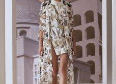 """Όνειρο υψηλής ραπτικής η  Extravagant κολεξιόν του οίκου Fendi - Η εντυπωσιακή επίδειξη με ρούχα εμπνευσμένα από την """"Αιώνια πόλη""""  (φώτο-βίντεο) - Κυρίως Φωτογραφία - Gallery - Video 2"""