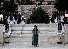47η επέτειος αποκατάστασης της Δημοκρατίας: Φωτό από την δεξίωση στο προεδρικό μέγαρο - Το διπλό μήνυμα της ΠτΔ (βίντεο) - Κυρίως Φωτογραφία - Gallery - Video