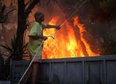 Μαίνεται η πυρκαγιά στην περιοχή της Βαρυμπόμπης - Κάηκαν σπίτια, εκκενώθηκαν Θρακομακεδόνες & Ολυμπιακό Χωριό - Οι φλόγες στρέφονται προς το Τατόι  - Κυρίως Φωτογραφία - Gallery - Video 5