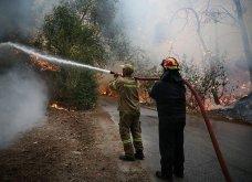 Μαίνεται η πυρκαγιά στην περιοχή της Βαρυμπόμπης - Κάηκαν σπίτια, εκκενώθηκαν Θρακομακεδόνες & Ολυμπιακό Χωριό - Οι φλόγες στρέφονται προς το Τατόι  - Κυρίως Φωτογραφία - Gallery - Video 12