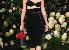Ρομαντική η νέα κολεξιόν του Michael Kors: Τα λαμπερά, μαύρα φορέματα της Gigi & της Kendall, τα γαλάζια ή ροζ σύνολα (φωτό & βίντεο) - Κυρίως Φωτογραφία - Gallery - Video 37