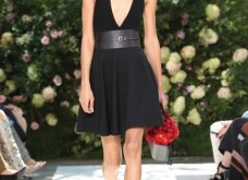 Ρομαντική η νέα κολεξιόν του Michael Kors: Τα λαμπερά, μαύρα φορέματα της Gigi & της Kendall, τα γαλάζια ή ροζ σύνολα (φωτό & βίντεο) - Κυρίως Φωτογραφία - Gallery - Video 51