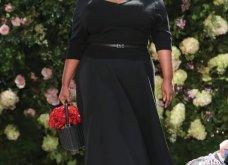 Ρομαντική η νέα κολεξιόν του Michael Kors: Τα λαμπερά, μαύρα φορέματα της Gigi & της Kendall, τα γαλάζια ή ροζ σύνολα (φωτό & βίντεο) - Κυρίως Φωτογραφία - Gallery - Video 30