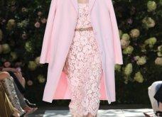Ρομαντική η νέα κολεξιόν του Michael Kors: Τα λαμπερά, μαύρα φορέματα της Gigi & της Kendall, τα γαλάζια ή ροζ σύνολα (φωτό & βίντεο) - Κυρίως Φωτογραφία - Gallery - Video 32