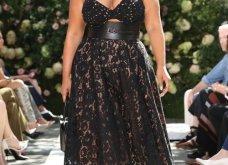 Ρομαντική η νέα κολεξιόν του Michael Kors: Τα λαμπερά, μαύρα φορέματα της Gigi & της Kendall, τα γαλάζια ή ροζ σύνολα (φωτό & βίντεο) - Κυρίως Φωτογραφία - Gallery - Video 45