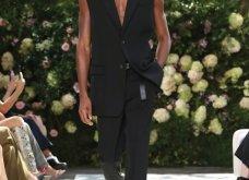 Ρομαντική η νέα κολεξιόν του Michael Kors: Τα λαμπερά, μαύρα φορέματα της Gigi & της Kendall, τα γαλάζια ή ροζ σύνολα (φωτό & βίντεο) - Κυρίως Φωτογραφία - Gallery - Video 16