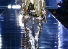 Dolce & Gabbana: Το πρόσωπο της Jennifer Lopez φιγούραρε σε ένα από τα look της νέας κολεξιόν - μια γιορτή της μόδας των οος (φωτό & βίντεο) - Κυρίως Φωτογραφία - Gallery - Video 11