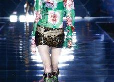 Dolce & Gabbana: Το πρόσωπο της Jennifer Lopez φιγούραρε σε ένα από τα look της νέας κολεξιόν - μια γιορτή της μόδας των οος (φωτό & βίντεο) - Κυρίως Φωτογραφία - Gallery - Video 18