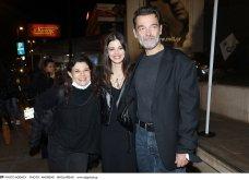 Ο Κωνσταντίνος Καζάκος: Πιο χαρούμενος δε γίνεται! - Με την καλλονή κόρη του αλλά & τη μαμά της Τάνια Τρύπη (φώτο) - Κυρίως Φωτογραφία - Gallery - Video