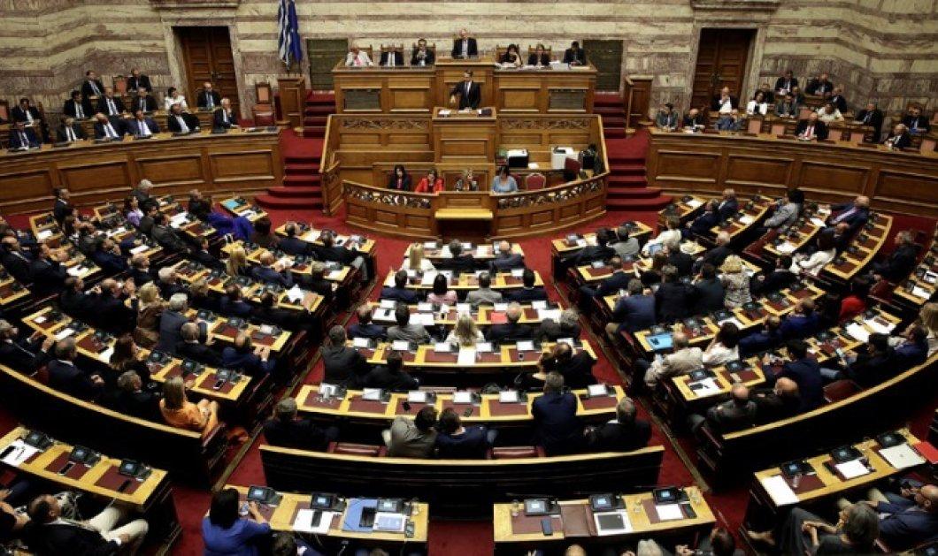 """Με 158 """"Ναι' η κυβέρνηση Μητσοτάκη πήρε ψήφο εμπιστοσύνης - Κυρίως Φωτογραφία - Gallery - Video"""