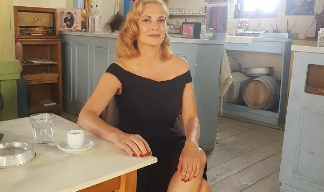 Άγριες Μέλισσες - Θεοφανία Παπαθωμά: Η «Βιολέτα» επεστρεψε στο καφενειο! - Η φωτό από το πρώτο γύρισμα του 3ου κύκλου - Κυρίως Φωτογραφία - Gallery - Video
