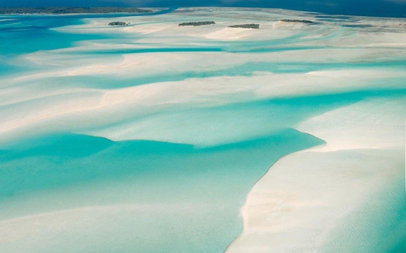 Φωτό ημέρας οι πανέμορφες παραλίες του νησιού Βόρνεο - Γαλαζοπράσινα νερά που μαγεύουν /@emmett_sparling - Κυρίως Φωτογραφία - Gallery - Video