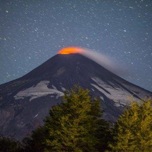 25/03/2015 - Εκπληκτική φωτό με το ηφαίστειο Villarrica να... βρυχάται! Picture: EPA/FRANCISCO NEGRONI - Κυρίως Φωτογραφία - Gallery - Video