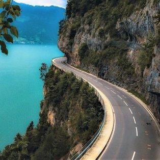 Η αξεπέραστη ειδυλλιακή ομορφιά από την Λίμνη Thun στην Ελβετία - Photo: Senna Relax  - Κυρίως Φωτογραφία - Gallery - Video