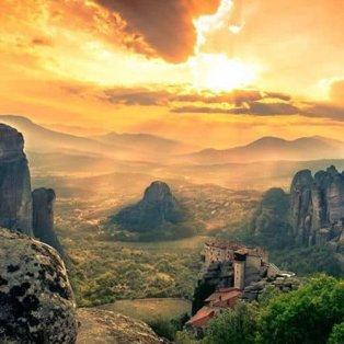 Μετέωρα: Ονειρεμένη θέα από ψηλά σε ένα αρχοντικό τοπίο – Απίστευτη η φωτογραφία της ημέρας (Φωτό: @visitgreecegr) [Δείτε περισσότερα στο madeingreece.news] - Κυρίως Φωτογραφία - Gallery - Video