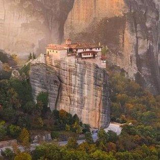 Μετέωρα: Καταπληκτική φωτογραφική λήψη από τα επιβλητικά όρη - Φώτο:@perfect_greece [Δείτε περισσότερα στο madeingreece.news]  - Κυρίως Φωτογραφία - Gallery - Video