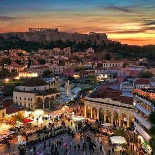Το κέντρο της Αθήνας στα πιο υπέροχα χρώματά του – Φώτο: @momentsofgregory [Δείτε περισσότερα στο madeingreece.news]  - Κυρίως Φωτογραφία - Gallery - Video