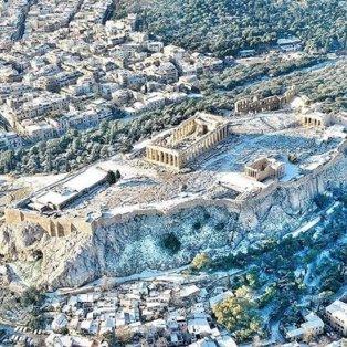 Η Μαρίνα Βερνίκου άφησε το drone της ψηλά από την Αθήνα & μας χαρίζει μαγευτικά κλικς - [Δείτε περισσότερα στο madeingreece.news]  - Κυρίως Φωτογραφία - Gallery - Video