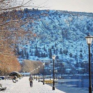 Πανέμορφο το χιονισμένο τοπίο της Καστοριάς – Φώτο: @dotarous [Δείτε περισσότερες φωτογραφίες στο madeingreece.news]  - Κυρίως Φωτογραφία - Gallery - Video