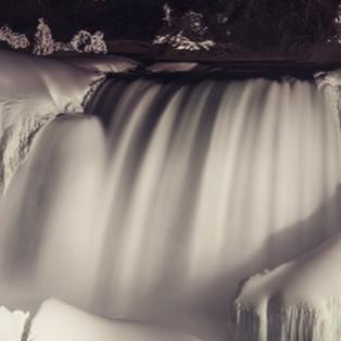 20/2/15: Frozen Solid: Οι παγωμένοι καταρράκτες του Νιαγάρα - Ένα σπάνιο όσο και πολύ εντυπωσιακό θέαμα! Φωτό: CNN - Κυρίως Φωτογραφία - Gallery - Video