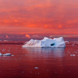 Ηλιοβασίλεμα στην Ανταρκτική... Φωτογραφία: Camille Seaman/ National Geographic - Κυρίως Φωτογραφία - Gallery - Video