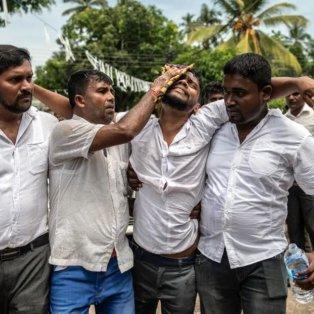 Ο θρήνος της Σρι Λάνκα έχει πρόσωπο – Φωτό ημέρας από τον Carl Court/Getty Images - Κυρίως Φωτογραφία - Gallery - Video