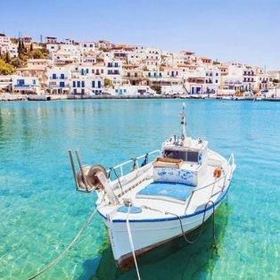 Οι ομορφιές της Άνδρου μας φέρνουν όλο και πιο κοντά στο καλοκαίρι!  Φωτογραφία: visitgreece.gr / Instagram - Κυρίως Φωτογραφία - Gallery - Video