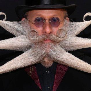 Το πιο τρελό μουστάκι του κόσμου έχει ο κύριος & του ανήκει η φωτογραφία ημέρας Credit: YVES HERMAN / REUTERS - Κυρίως Φωτογραφία - Gallery - Video