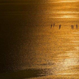 Ηλιοβασίλεμα στη λίμνη της Γενεύης, στην Ελβετία - Φωτογραφία: EPA / JEAN-CHRISTOPHE BOTT - Κυρίως Φωτογραφία - Gallery - Video