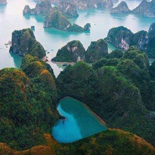 Φωτό Ημέρας η καρδιά που στολίζει τα δάση του Χάλονγκ Μπει στο Βιετνάμ - @mblockk @fubiztravel - Κυρίως Φωτογραφία - Gallery - Video