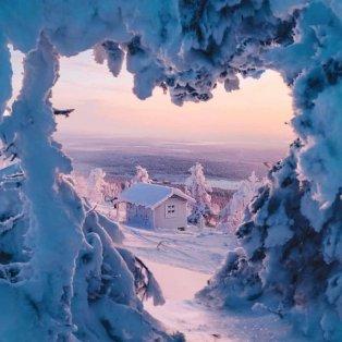 Φωτό ημέρας: Μια... καρδιά από χιόνι- Ένα μαγικό κλικ/ Photo: @vi66nya/ instagram - Κυρίως Φωτογραφία - Gallery - Video