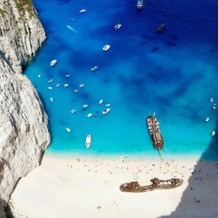 Φωτό ημέρας: Μαγικές εικόνες Ελλάδας – Ένα εντυπωσιακό φωτογραφικό κλικ από την πανέμορφη παραλία της Ζακύνθου/ Photo: Instagram - @mvernicos  - Κυρίως Φωτογραφία - Gallery - Video