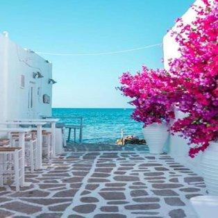 Νάουσα: Απίστευτη ομορφιά σε λευκό και γαλάζιο υπόσχεται στιγμές αξέχαστες (Φωτό: @greece_moments) - Κυρίως Φωτογραφία - Gallery - Video