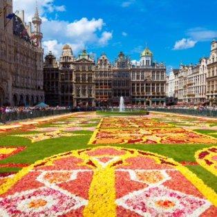 23/4/2015 Το λουλουδένιο χαλί της άνοιξης στην μοναδική Grand Place των Βρυξελλών - αισιοδοξία & για τις διαπραγματεύσεις;  - Κυρίως Φωτογραφία - Gallery - Video