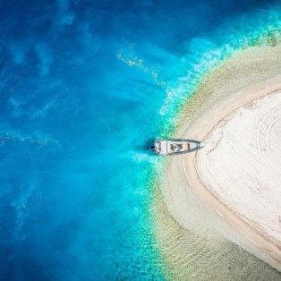 Φωτό ημέρας: Ένα υπέροχο καλοκαιρινό κλικ από ψηλά, γιατί σαν τις θάλασσες της Ελλάδας… πουθενά! @svoronos_tom - Κυρίως Φωτογραφία - Gallery - Video