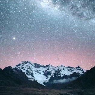 Φώτο ημέρας: Τα αστέρια πάνω από τις Περουβιανές Άνδεις, υπερθέαμα στον βραδινό ουρανό/@emmett_sparling - Κυρίως Φωτογραφία - Gallery - Video