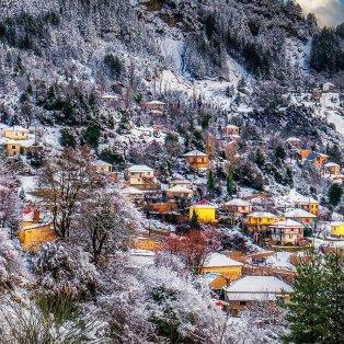 Φωτό ημέρας: Το χιονισμένο σκηνικό στα Τζουμέρκα είναι όνειρο/ Photo: @vagelis_giotopoulos/ instagram - Κυρίως Φωτογραφία - Gallery - Video