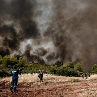 Φωτό ημέρας από την πυρκαγιά στην Βορειοανατολική Αττική: Ο νους δεν «χωράει» την καταστροφή /Eurokinissi-Μιχάλης Καραγιάννης - Κυρίως Φωτογραφία - Gallery - Video