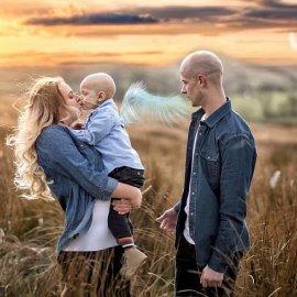Story of the day - Ο 5χρονος καρκινοπαθής λίγο πριν πεθάνει: «Συγγνώμη, μανούλα, που σε κούρασα με την αρρώστια μου» (Φωτό & Βίντεο) - Κυρίως Φωτογραφία - Gallery - Video