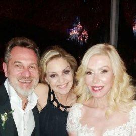 Ο γάμος της Λίζας Δουκακάρου με τον Παντελή Οικονόμου - Το υπέρκομψο νυφικό της πανέμορφης νύφης (φώτο-βίντεο) - Κυρίως Φωτογραφία - Gallery - Video