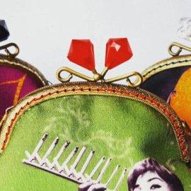 Made in Greece τα Poua Stories: Vintage τσαντάκια, θήκες, σακίδια, πορτοφολάκια γίνονται έργα τέχνης με ψηφιακή εκτύπωση - Κυρίως Φωτογραφία - Gallery - Video